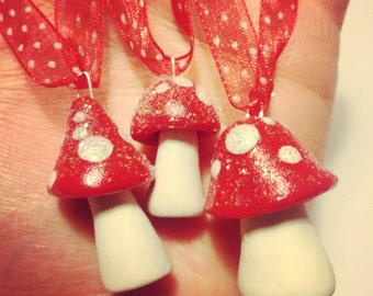Sparkling Woodland Ornaments - Mushrooms/Toadstools