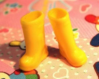 Blythe Yellow Gumboots