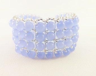Beaded Bracelet  / Seed Bead Bracelet in Icy Blue and Silver / Beadwoven Bracelet / Winter Bracelet / Beadwork Bracelet
