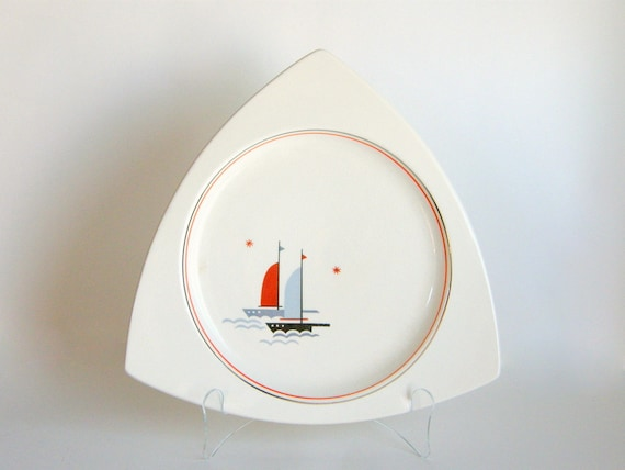 Atomic Art Deco Salem Tricorne Platter - Art Moderne Nautical Sailing Ships / Sailboats Pattern - VGC