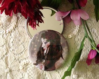 Pocket Mirror - The Last Queen