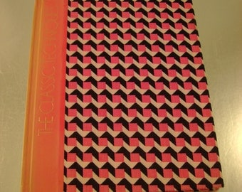 1973 Time Life Hardcover Book, The Classic Techniques from The Art Of Sewing Series