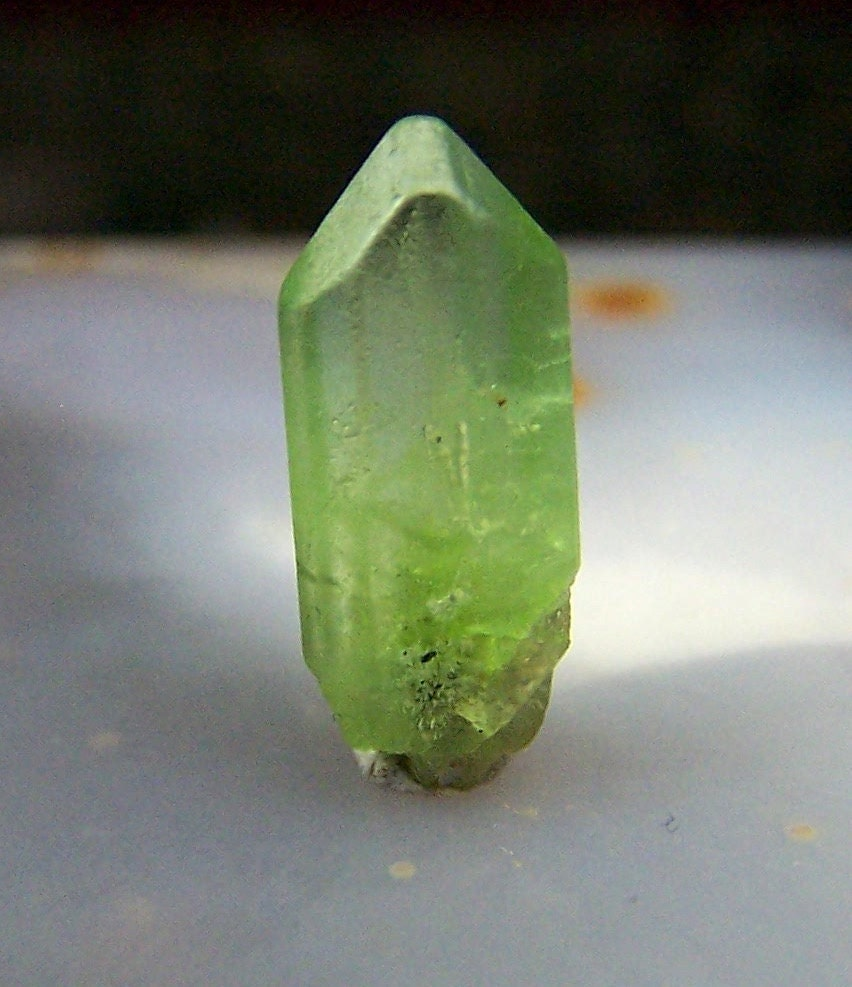 Peridot Peridot Crystal With Terminated Point Gemmy Wire