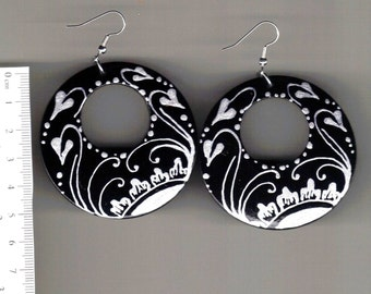 Elegant black and Silver (handpainted earrings)