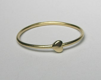 Solid Gold Tiny Heart Ring