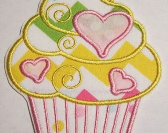Iron On Applique - Chevron Cupcake 77898563