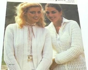 Vintage women tops knitting pattern,woman top knitting pattern,woman top knitting pattern,18 page book Summer Medley by Bernat no 262