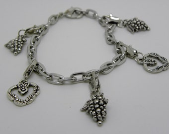 Lobster Clasp Chain Bracelet with Mixed  Charm  Ships from USA  Immediately. (Br015)