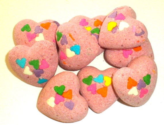 Heart Bath Fizzies - Bath Bombs - Polynesian Red Scented - Gift for Mom, Sister