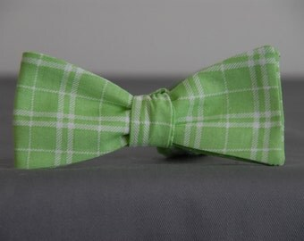 Green in Spring  Bow tie