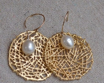 White Pearls on Gold Spider Web Earrings. Wedding Fresh Water Pearls Gemstone Earrings.  June Birthstone. Bridal Jewelry.