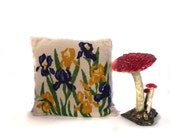 Iris Pillow / Garden Glory Vintage 70s Embroidered Pillow Epsteam
