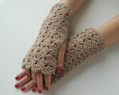 Wavy Fingerless Gloves