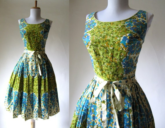 pleated vintage dress with matching tie for waist in tank style