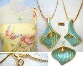 Vintage CROWN TRIFARI Calla Lily ENAMEL Pendant Necklace in Pristine Condition