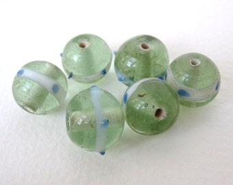 Vintage Glass Bead Green Lampwork Round 13mm vgb0347 (6)