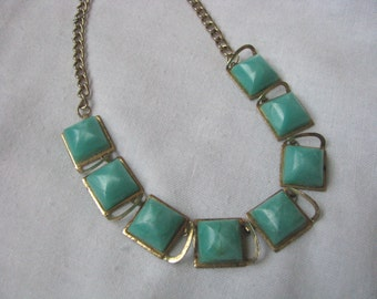 Lightweight retro gold tone choker necklace with green square cubes