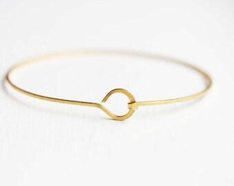 Gold Circle Bracelet, Gold Hook Bracelet, Gold Wire Bracelet, Delicate Gold Bracelet, Gold Bangle Bracelet, Gold Bangle, Wire Bracelet, Cuff