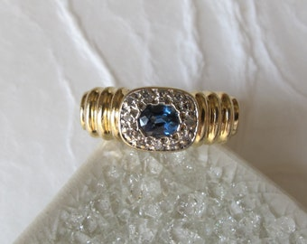 Gorgeous 14K Solid Yellow Gold Blue Sapphire and Diamond Ring - Size 5 3/4