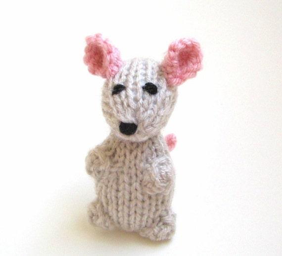 Amigurumi Doll Hands : Knit Miniature Mouse Amigurumi Doll Hand Knit Toy by VeryCarey