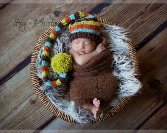 Baby Tail Pom Hat, Newborn Photo Prop, baby knit hat