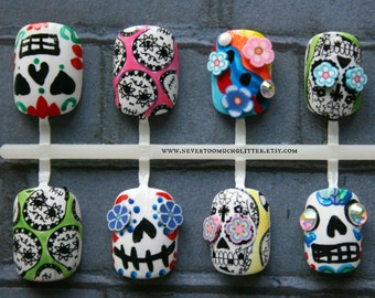 Sugar Skulls Fake Nails | Dia De Los Muertos Press On Nails | Day Of The Dead Nails | Skull Short Fake Nails | Handpainted Sugar Skull Nail