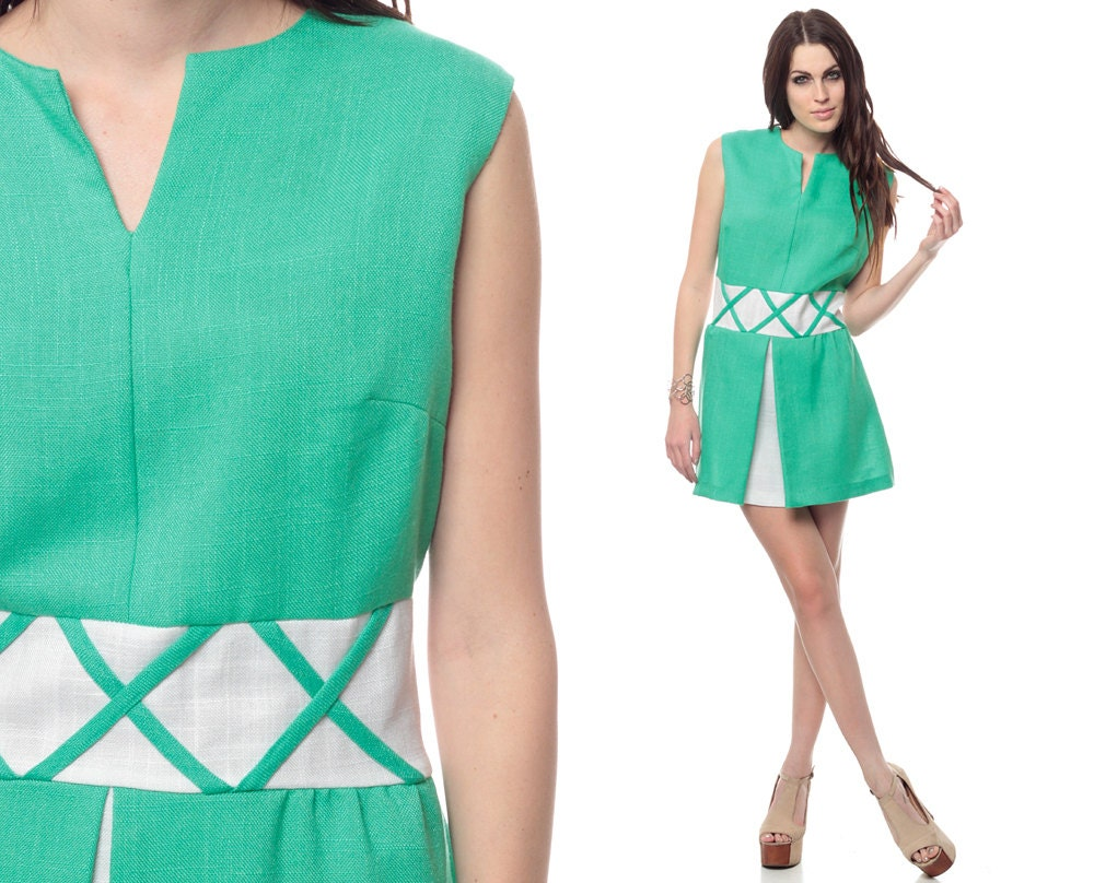 Babydoll Mini Dress 60s Green Mod Pleated Lattice 1960s High Minidress Length From Top Of Shoulder 32 Armpit To 205 Waist 17 Hips 23