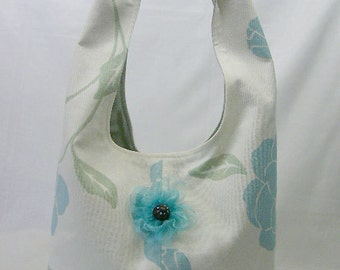 Floral Cotton Carry All