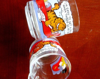 Vintage Mugs Garfield Odie Cartoon Character McDonalds  Coffee Cup Anchor Hocking 1970s Set of Two Red Gold