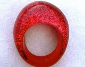 Mara red glitter cast resin large ring US 10 / 10.5