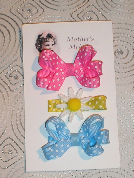 Delightful Dots and a Daisy on 2 Tiny Bows and a Clip.  Ready to Ship.