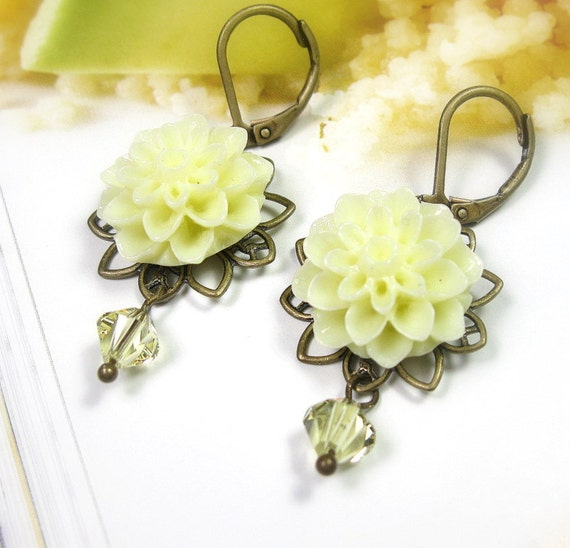 Flower Earrings, Victorian Style, Flower Cabochons, Yellow Earrings, Gifts for Gardeners, Lemon Zest, Womens Accessories, Gifts for Mom