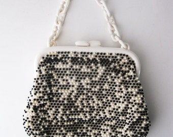 SALE! Mod Vintage Beaded Purse, Black and White Beads