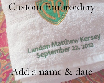 UPGRADE Add custom embroidery (up to 2 lines)