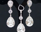 Bridal Jewelry Set Swarovski Crystal Jewelry Set Wedding Jewelry Set Bridal Party Gift Bridesmaid gifts Dangle Earrings Crystal Jewelry