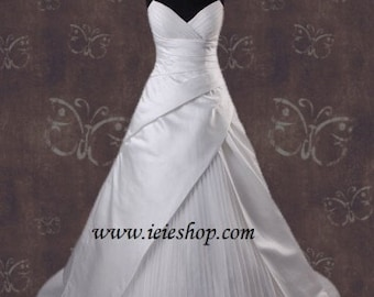 Strapless V Neck A-line Wedding Gown