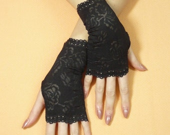 Short Black gothic Gloves, Fingerless Gloves, Retro Steampunk Mittens, Baroque Lace, Cute Arm warmers in Gypsy and Boho Style,