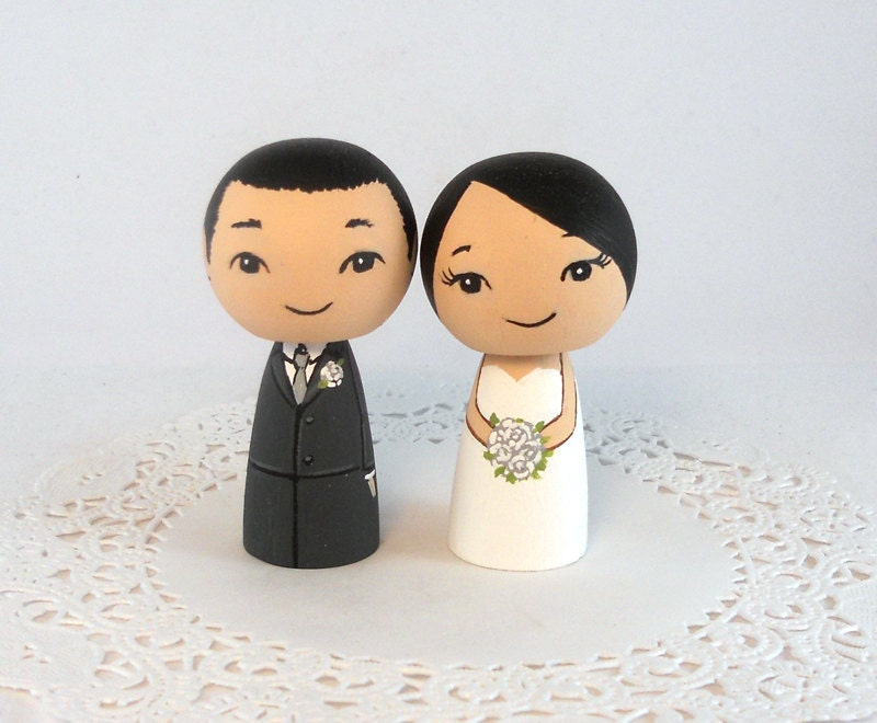Asian bride and groom cake toppers