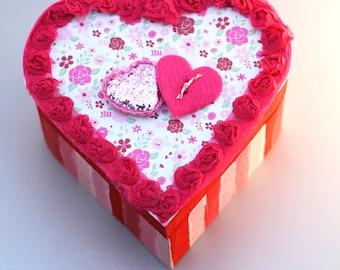 Heart Gift Box Wood