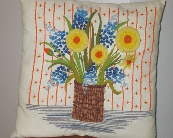Blue Hyacinth and Daffodils Toss pillow, Springtime floral Needlepoint