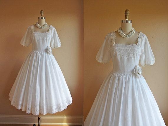 1950s Dress Vintage 50s Dress White Eyelet Cotton Full