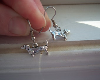 Dachshund Earrings - Dog Earrings  -Weiner Dog Earrings
