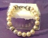 Faux Pearls & Cats Eye Accents Bracelet