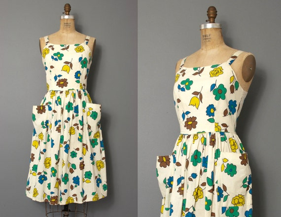 vintage 1950s dress / 50s dress / 50s floral sundress / 1950s floral dress