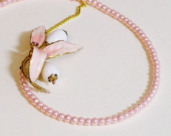 Necklace Vintage Flower and Glass Pearls Pink