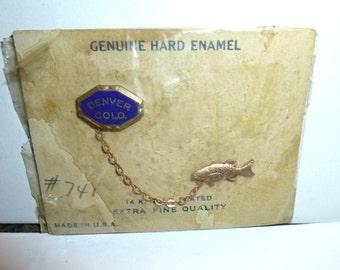 Denver Colorado Fish Pin. 1930s Original Card. USA