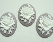 New Arrival 3 pieces 40x30mm Greyish Lilac Flower Cameos