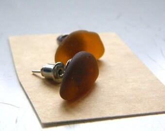 Mermaid Post Earrings - MEDIUM - Organic Sea Glass Earrings with Genuine Natural Amalfi Sea Glass dark amber  / recycle / vintage / nr119