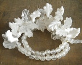 Vintage White Acrylic Leaf Necklace Bridal Spring