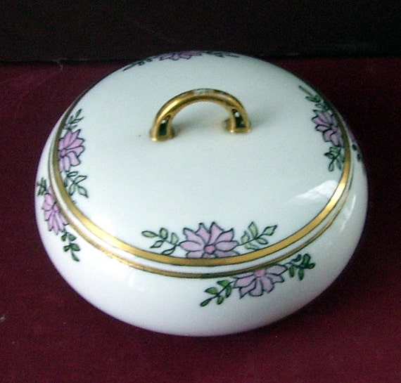 1914 H.C Royal . Bavaria Porcelain Powder Jar, Jewlery Jar, Trinket Box Germany Vanity Jar, Gold Trimmed